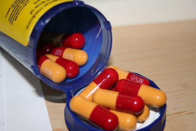 prescription-drugs-wiki-commons-625x417